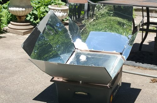 Solar Sun Oven warming up.