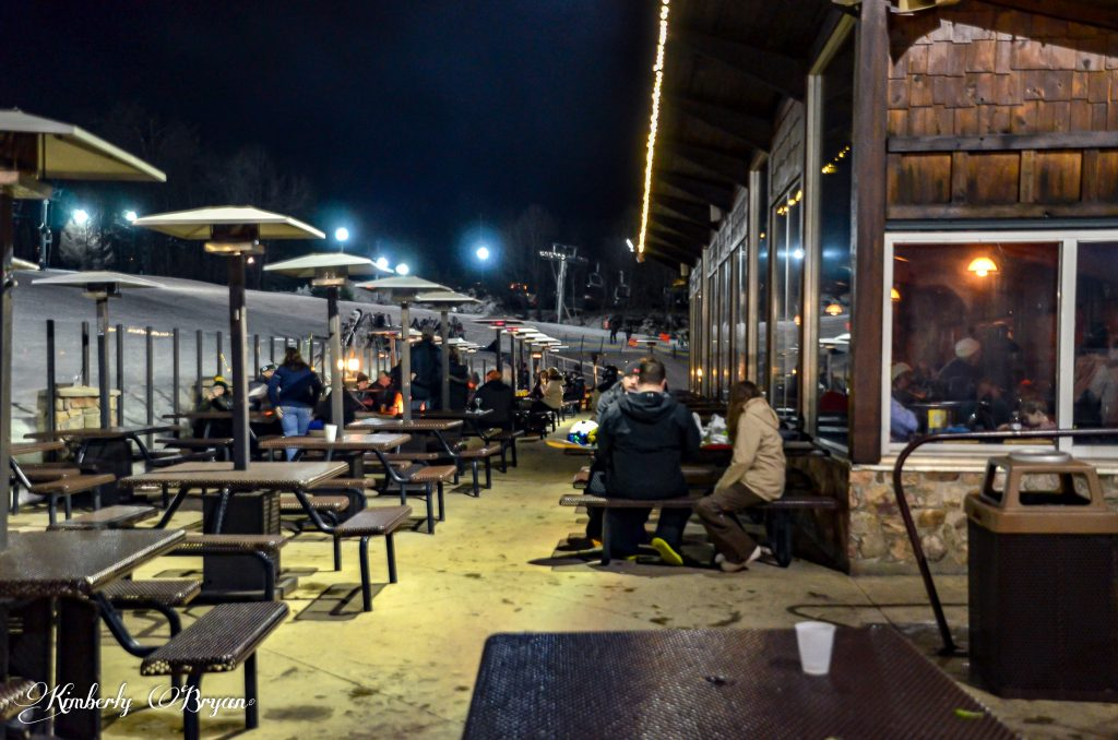 Looking at the outdoor heated sitting area. Where you can warm up, take a rest or have a snack.