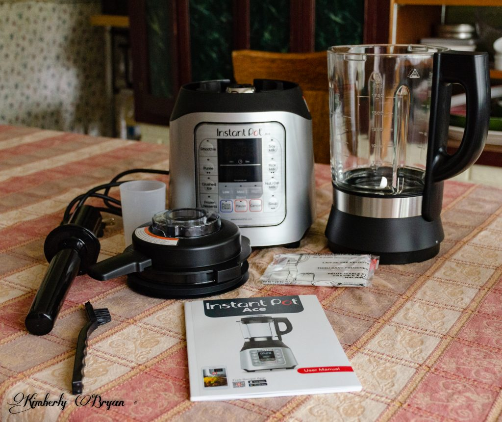 You are looking at the un-boxed Instant Pot Blender. there are a total of seven Ace Blender parts. With an instruction book and warranty card.