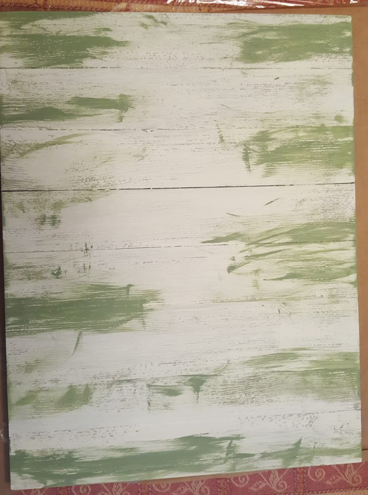 You are looking at the next layer of paint o my fall sign. I used jade green randomly over the top of the white chalk paint.