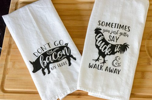 DIY Fun Flour Sack Towels. You are looking at a set of towels I made using heat transfer vinyl. One is a pig, the other is a chicken.